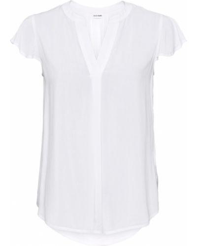 С рукавами белая блузка Bonprix