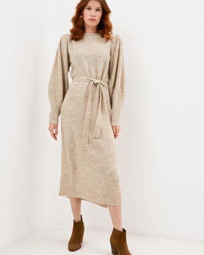 Бежевое вязаное платье Ichi