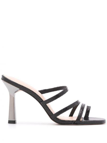 Sandały skórzany czarne Carvela