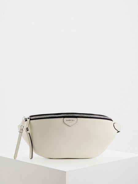 Белая поясная сумка с помпоном из натуральной кожи Lancel