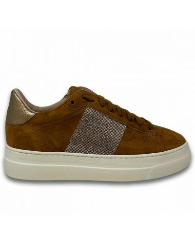 Brązowe sneakersy Stokton