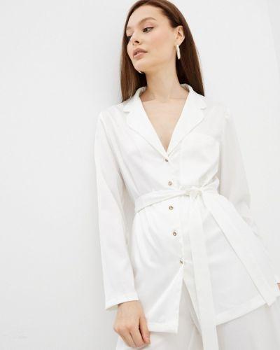 Белая зимняя блузка Lorani