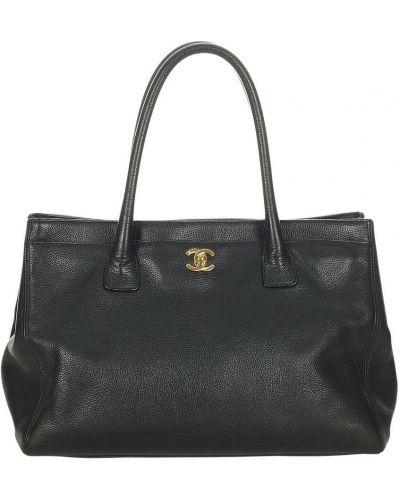 Czarna torebka skórzana Chanel Vintage