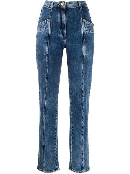 Jeansy o prostym kroju niebieskie z łatami Versace