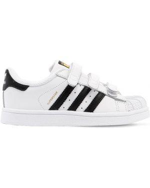 Кожаные белые кроссовки на липучках Adidas Originals