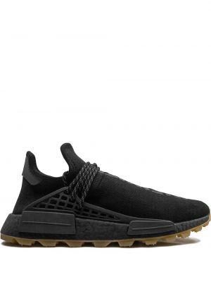 Czarne sneakersy sznurowane z haftem Adidas By Pharrell Williams