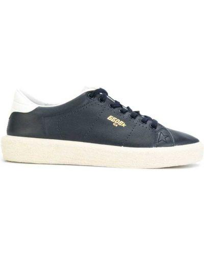 Синие кроссовки с перфорацией Golden Goose Deluxe Brand
