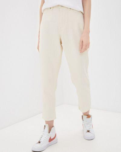 Бежевые брюки Quiksilver