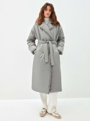 Зеленое пальто из полиэстера Zarina