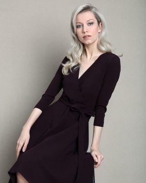 Платье с поясом с запахом через плечо Ostin