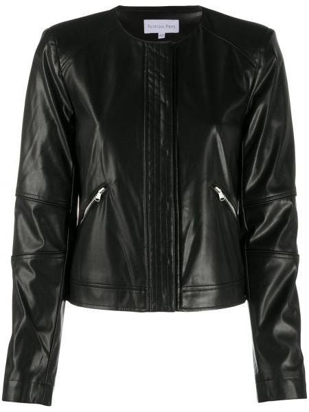 Черная кожаная короткая куртка байкерская Patrizia Pepe