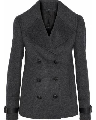 Серая куртка с карманами Belstaff