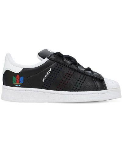 Ażurowy skórzany czarny skórzane sneakersy na sznurowadłach Adidas Originals