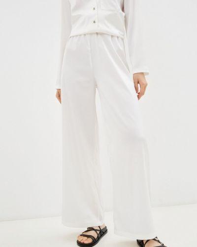 Белые зимние брюки Lorani