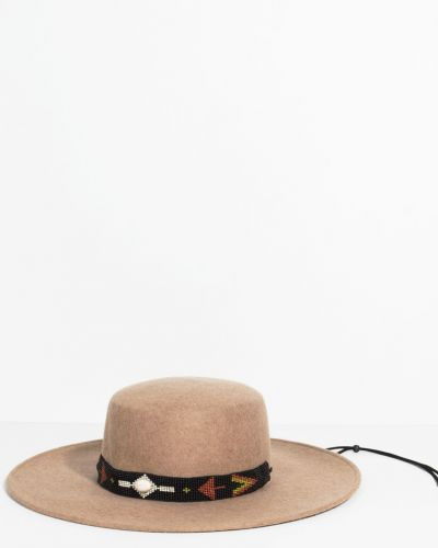 Бежевая шапка шерстяная Parfois