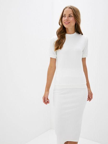 Юбочный костюм белый Trendyangel