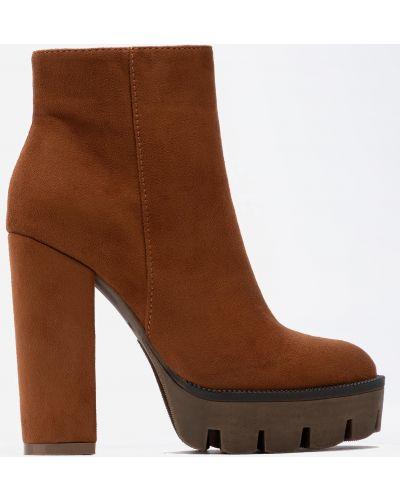 Яркие ботинки - коричневые Deezee