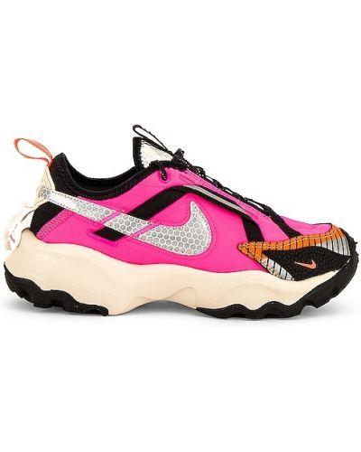 Różowe sneakersy sznurowane koronkowe Nike