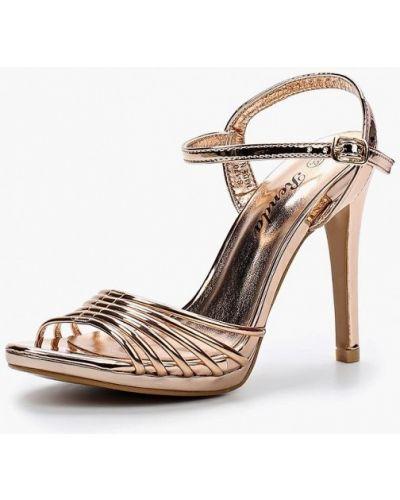 Босоножки на каблуке лаковые Renda