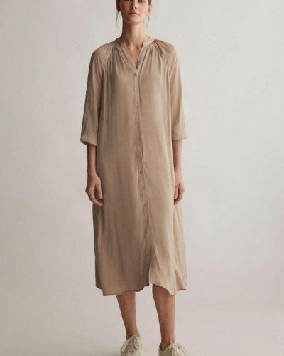 Прямое бежевое платье А-силуэта Oysho