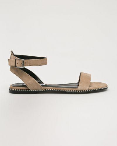 Бежевые сандалии замшевые Steve Madden