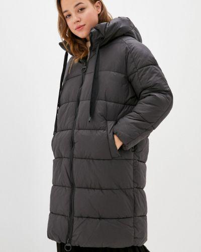 Теплая черная зимняя куртка Befree