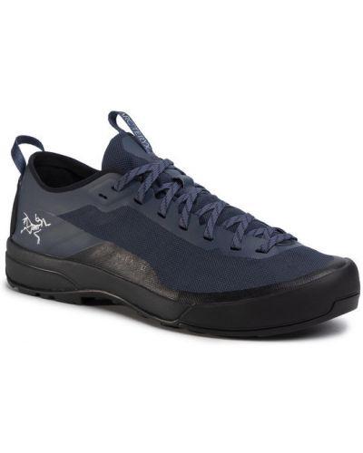 Sneakersy granatowe Arcteryx