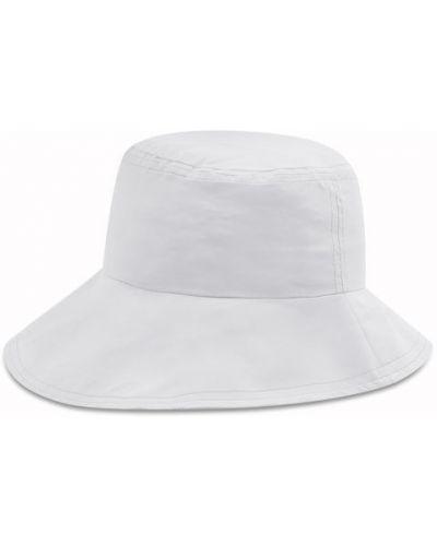 Biały kapelusz Reima