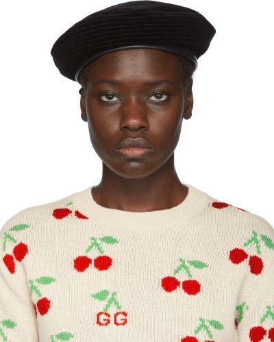 Czarny beret z jedwabiu z haftem Gucci