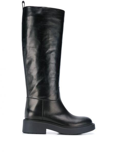Ботинки на каблуке черные на низком каблуке Vittorio Virgili