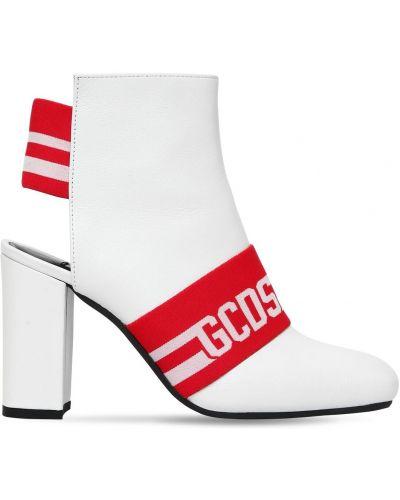 Ботинки на каблуке Gcds