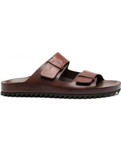 Z paskiem brązowy skórzany sandały Officine Creative