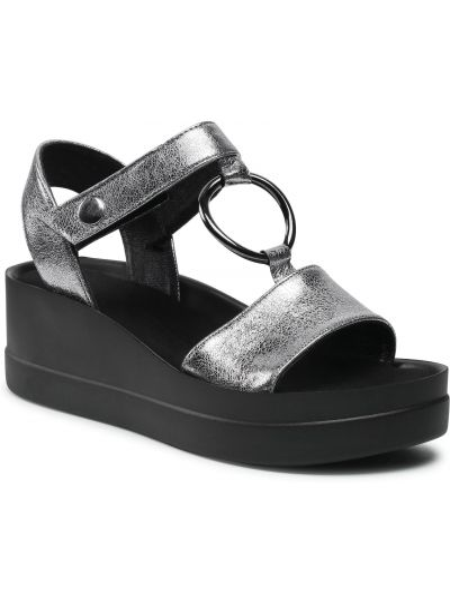 Sandały na lato Karino