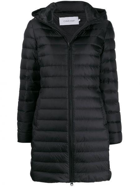 Черное пуховое длинное пальто с капюшоном Calvin Klein