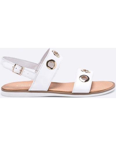 Белые сандалии Chebello