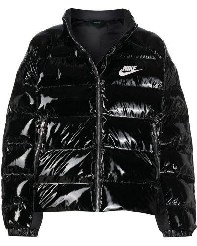 С рукавами стеганый черный пуховик Nike