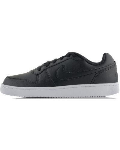 Низкие кеды на шнуровке Nike