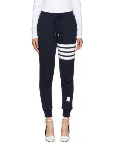Классические брюки с лампасами со штрипками Thom Browne