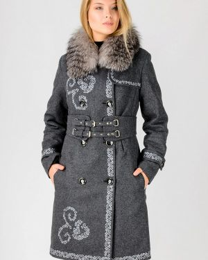 Зимнее пальто с капюшоном Raslov