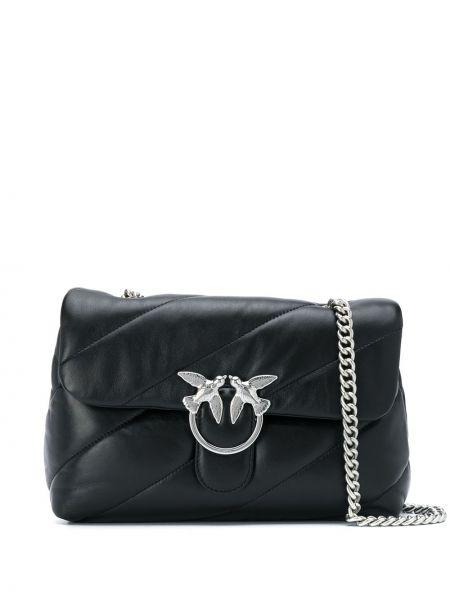 Черная стеганая сумка на цепочке с пряжкой круглая Pinko