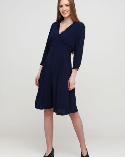 Синее платье с поясом с вырезом Kookai