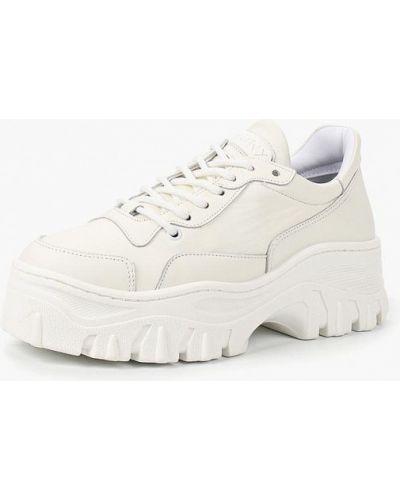 Белые кроссовки низкие Bronx