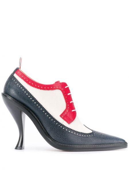 Туфли на каблуке в полоску коричневый Thom Browne