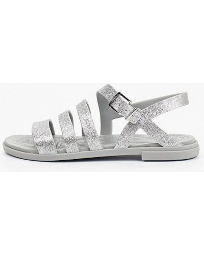 Серебряные спортивные сандалии Crocs