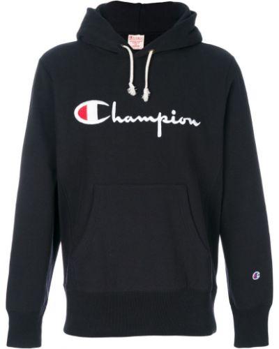 Толстовка черная с вышивкой Champion