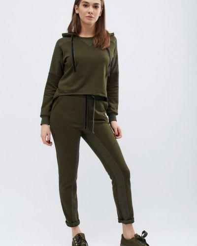 Спортивный костюм зеленый хаки Carica&x-woyz