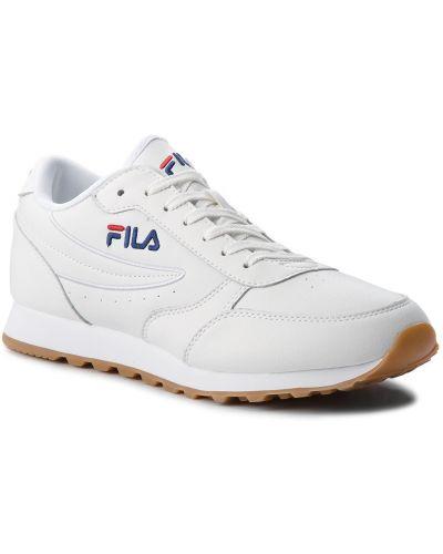 Białe spodnie casual Fila