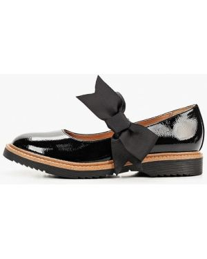 Туфли лаковые черные Betsy
