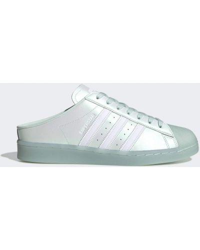 Белые баскетбольные кроссовки на шнурках Adidas