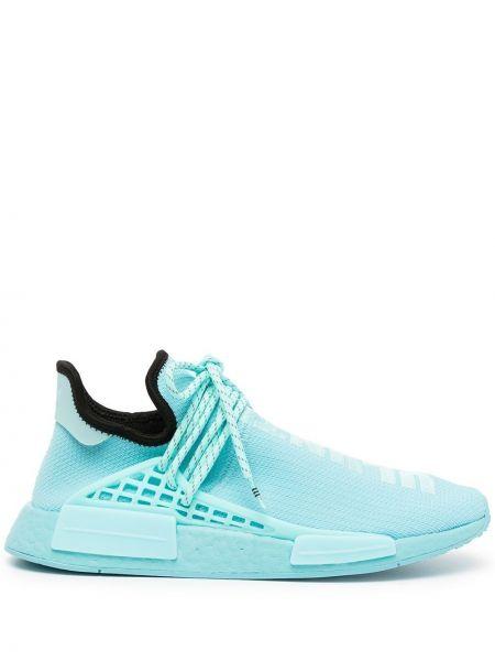 Niebieskie sneakersy koronkowe sznurowane Adidas By Pharrell Williams